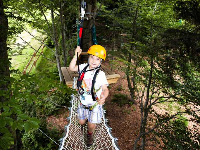 Kanopeo continuous belay system saferoller is made for very young kids zipline